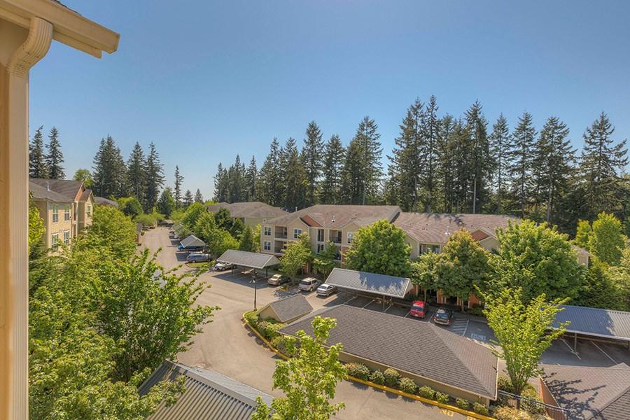 Redmond Ridge Apartments