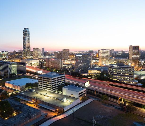 Houston Oaks: SkyHouse River Oaks Apartments