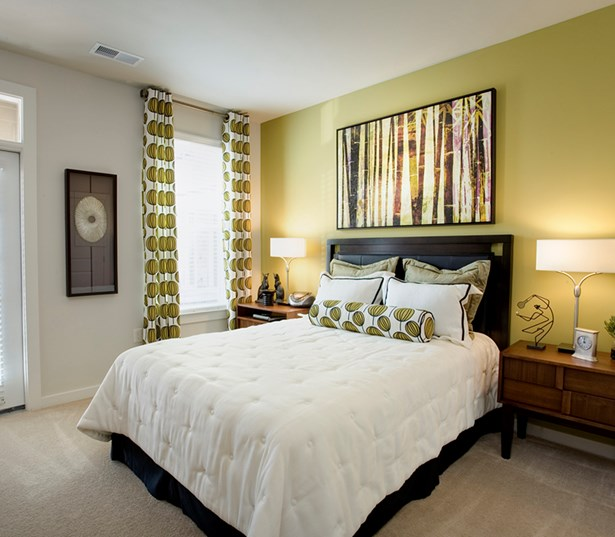 Gramercy Square At Ayrsley Large master bedroom Charlotte NC - Steel Creek