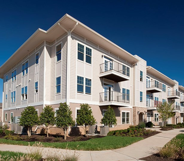 Cadence Cool Springs Apartments