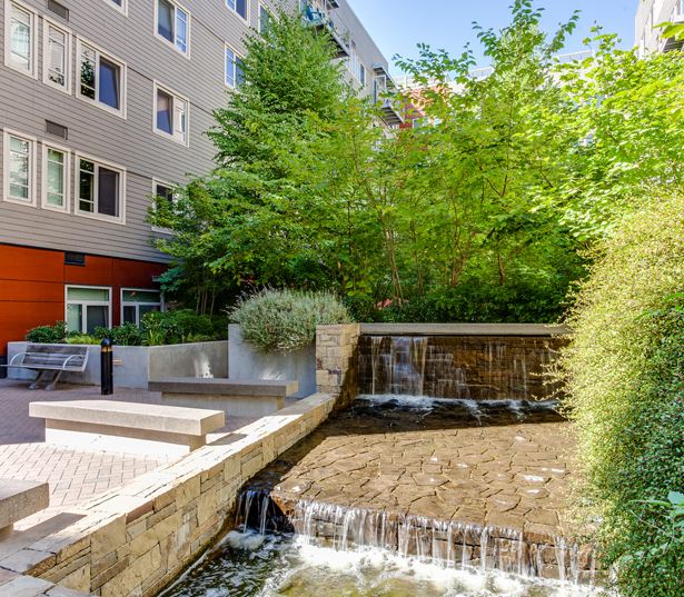 Tillicum Bridge apartments for rent in Portland - The Matisse Courtyard Water Feature