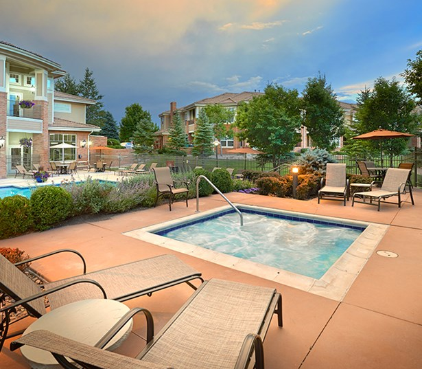 Parker apartments near Dish Network - The Meadows At Meridian Outdoor jacuzzi