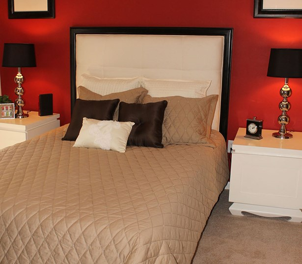 The Madison Large bedrooms with spacious walk in closets plush carpeting Richmond VA - West End