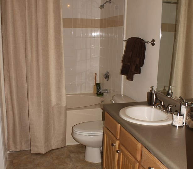 The Madison bathroom has ample storage space and deep soaking tubs Richmond VA - Short Pump