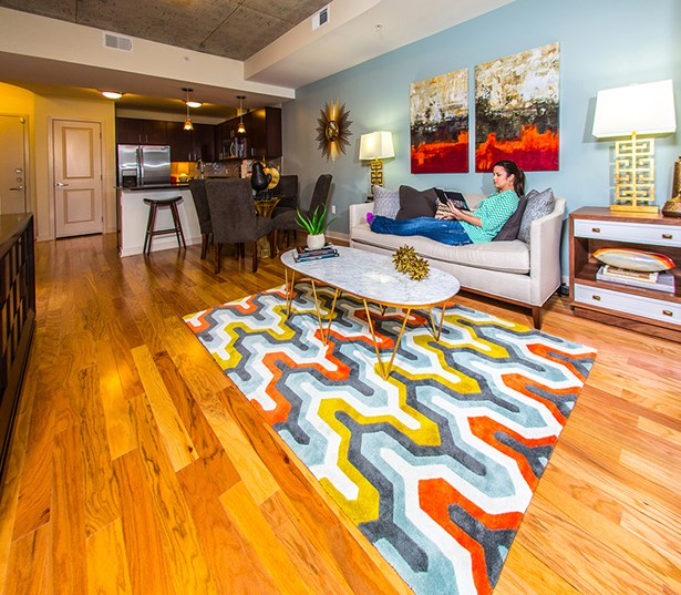 Apartments Near Downtown Houston: Apartments In Downtown Houston: SkyHouse Houston
