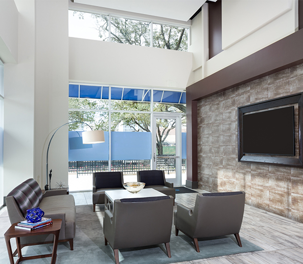 SkyHouse River Oaks Grand lobby with concierge Houston TX - River Oaks District