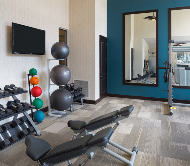 Strata Apartments - Expansive fitness center - Lower Greenville Apartments
