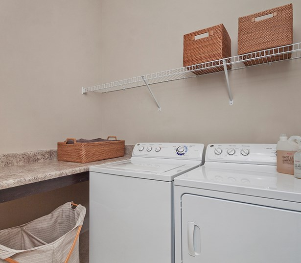 Silos South End Spacious Laundry room washer and dryer in every home Charlotte NC - South End