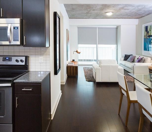 Apartments In Downtown Houston: SkyHouse Houston