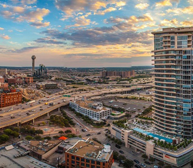 SkyHouse Dallas - West facing views - Dallas High Rise Apartments - Victory Park