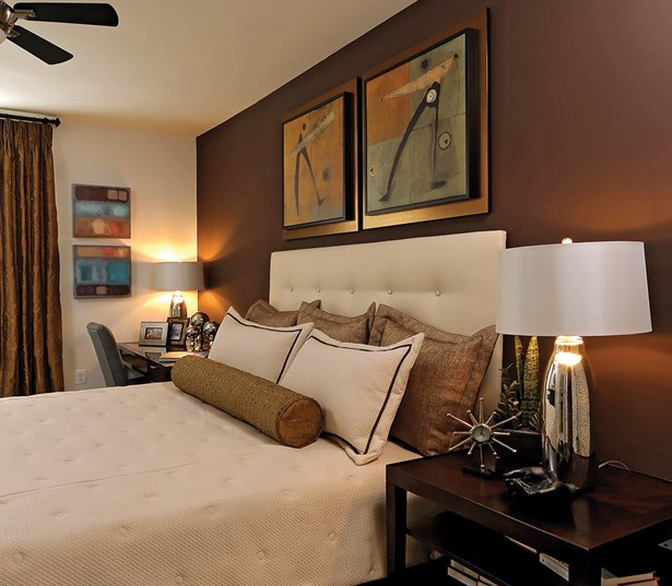 The Reserve At Tysons Corner Bedrooms plush carpeting plantation blinds Vienna VA - Mosaic District