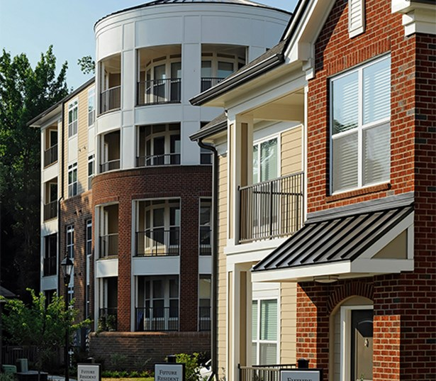 Gramercy Square At Ayrsley Carriage homes with private entrances Charlotte NC - Olde Whitehall