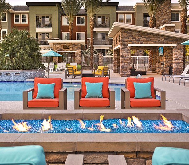 Avion on Legacy apartments in Grayhawk, AZ - Resort style saltwater pool and spa with cabanas