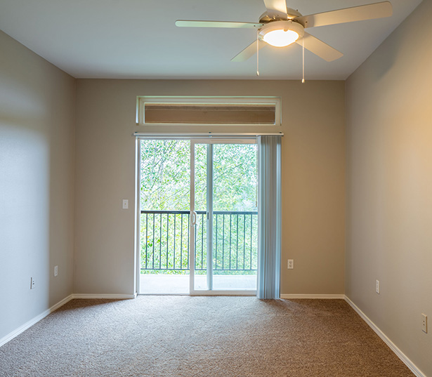 Boulder Creek apartments for rent in the Sammamish School District - ceiling fans in bedrooms