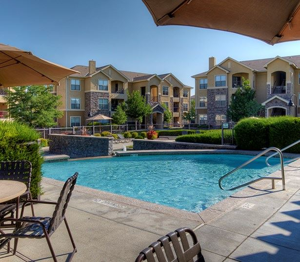 Aurora apartments for rent near Cherry Creek Trail - Coyote Ranch Outdoor Swimming Pool