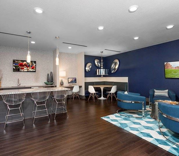Studio LoHi Apartments - Resident lounge Denver CO - Apartments in the Lower Highlands