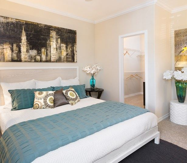 Villas at Stonebridge Ranch - Bedrooms with large walk-in closets - Allen, TX Apartments