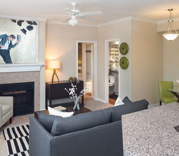 Villas at Stonebridge Ranch - Open living room - Apartments near Raytheon