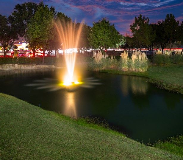 Villas at Stonebridge Ranch - Outdoor fountains - Stonebridge Ranch Apartments in McKinney, TX