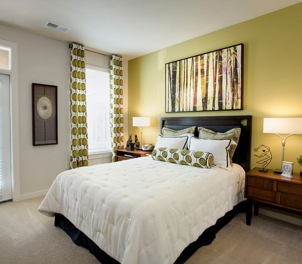 Apartments on south tryon - Gramercy Square at Ayrsley - master bedroom