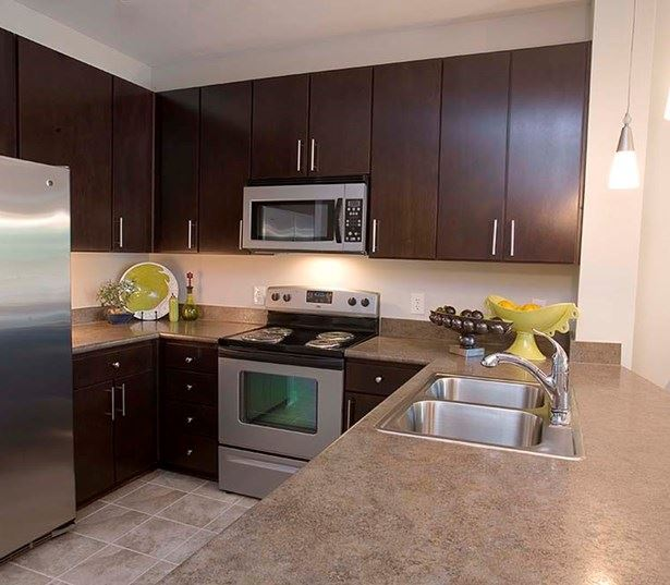 Apartments in steele creek nc near Jeld-Wen - Gramercy Square at Ayrsley - kitchen