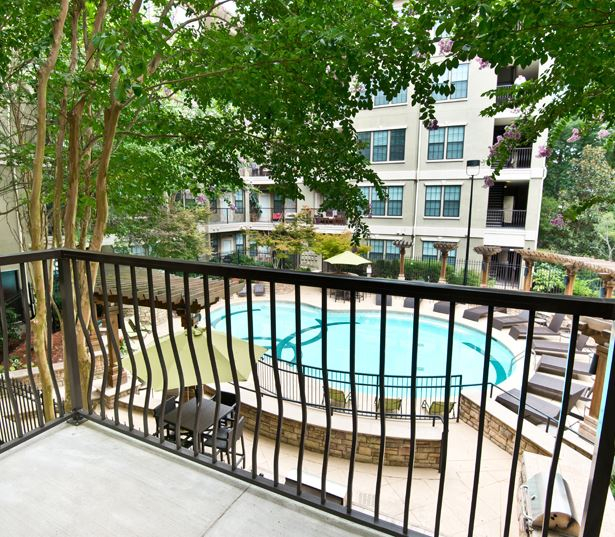 Lenox apartments in Buckhead - Gramercy at Buckhead Two swimming pools with sun decks