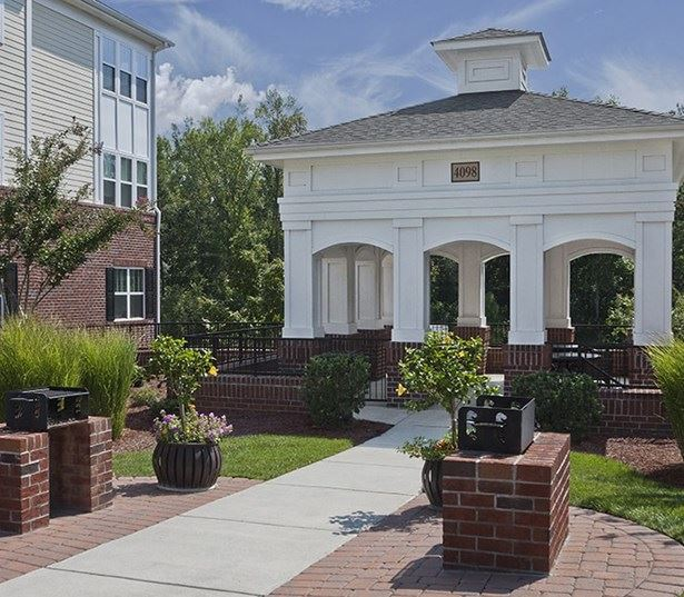 Southpoint Apartments for rent in RTP - Chancery Village Gazebo with sitting area and BBQ grills