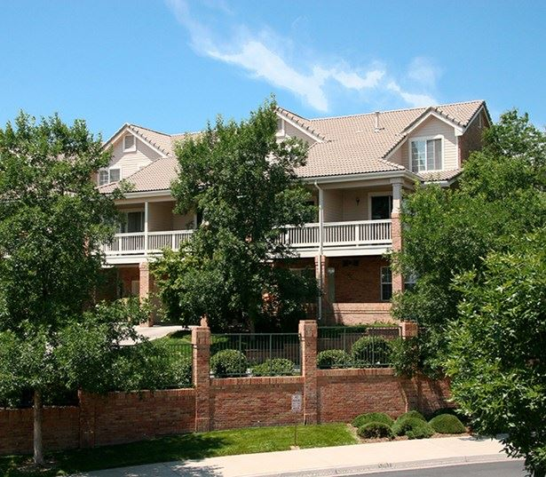 Carriage Place Individual patios and balconies Denver CO - Greenwood Village