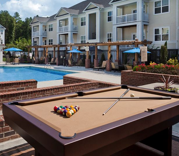 Chancery Village townhouses for rent in cary nc - Pool deck