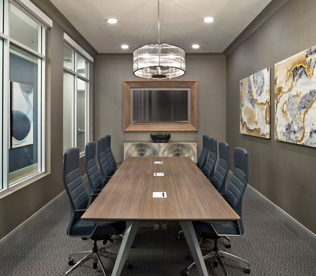 luxury apartments phoenix - District at Biltmore conference room