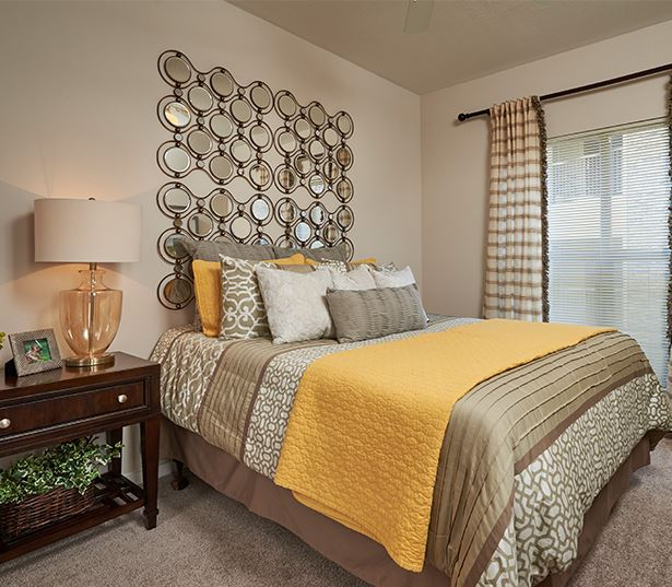 Dove Valley apartments for rent in Aurora - Coyote Ranch Master Bedroom with large windows