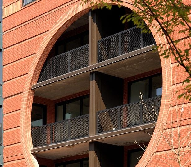 Zoso Flats - Oversized windows - North Arlington, VA Apartments