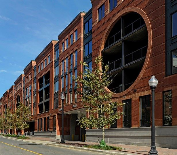 Zoso Flats - Exterior - Arlington VA Apartments in Clarendon-Courthouse