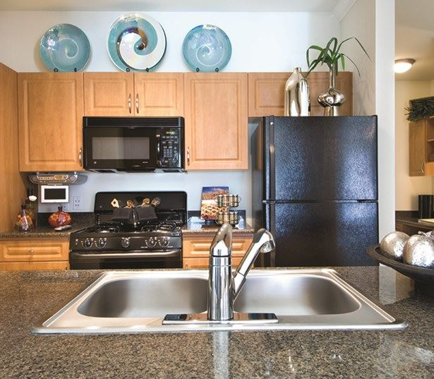 Highlands at Dearborn Gourmet kitchens granite countertops custom cabinetry Peabody MA - Route 1