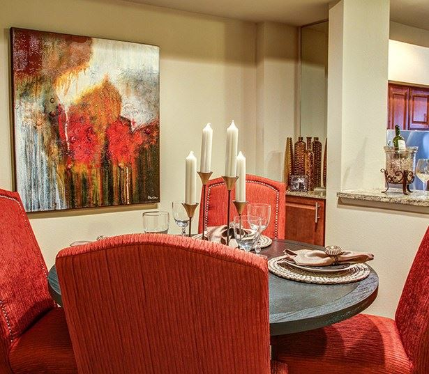 Carriage Place Spacious dining area Denver CO - Englewood