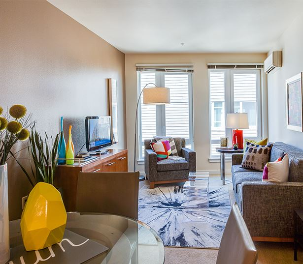 The Matisse apartments for rent in Downtown Portland - Modern living/dining room
