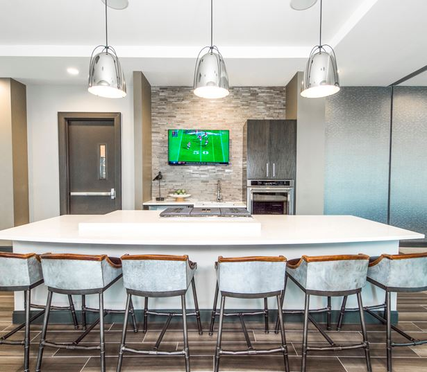 Uptown apartments for rent in Denver - SkyHouse Denver SkyLounge