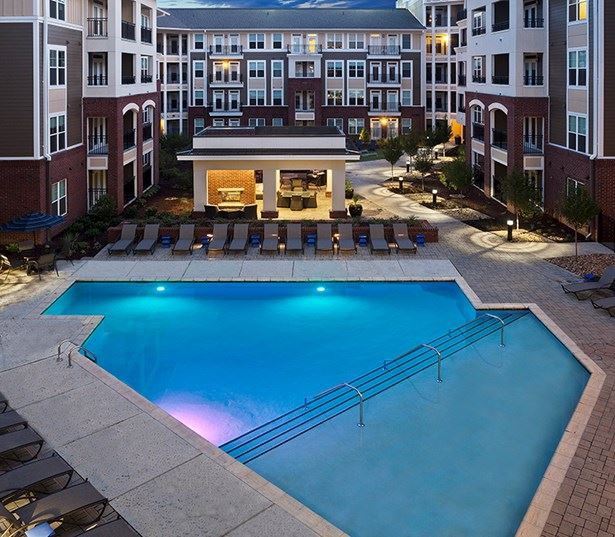 Raleigh, NC Apartments on the Greenway - Marshall Park Saltwater pool and sundeck
