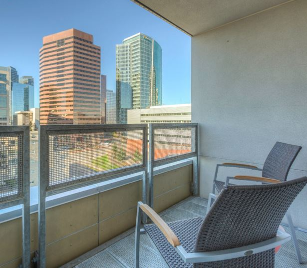 Apartments in Bellevue WA near Amazon - Metro 112 Apartments - beautiful views