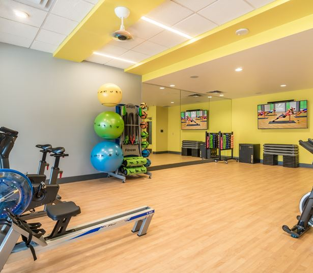 Apartments in Bellevue WA near Microsoft - Metro 112 Apartments - Fitness studio