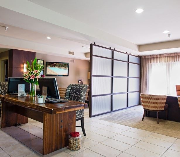Kearny Mesa apartments for rent in San Diego - Mira Bella Apartments Leasing Center