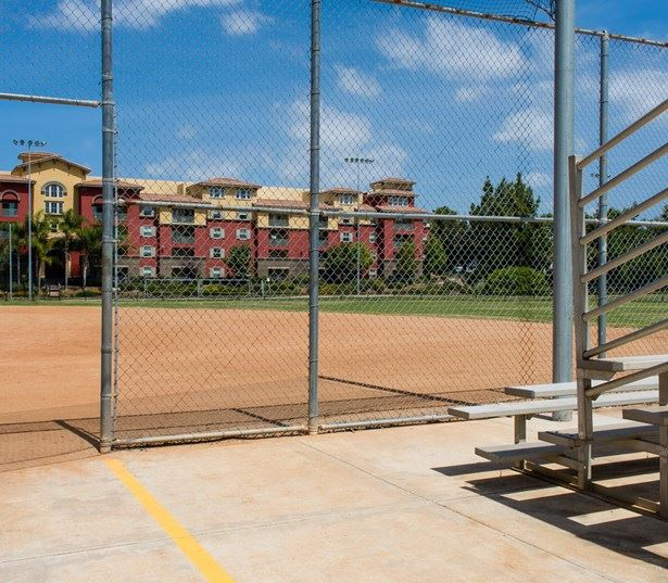 Apartments for rent in San Diego near Northrup Grumman - Mira Bella nearby parks