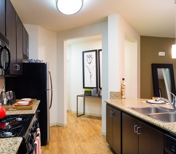 San Diego Apartments for Rent near Balboa Hospital - Mira Bella Kitchen
