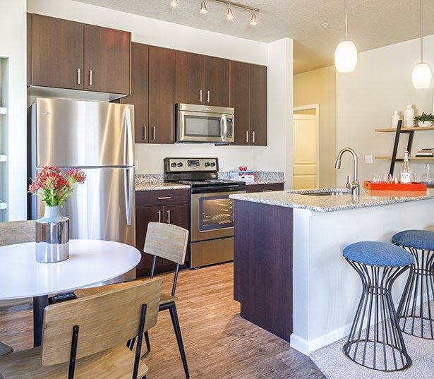 Victory Flats apartments in Beaverton near Nike - granite countertops and stainless steel appliances
