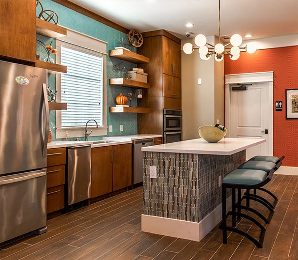 Apartments near Suwanee Town Center - Artisan Station Apartments Clubhouse Kitchen