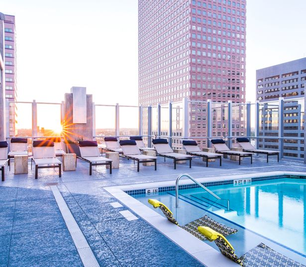 Downtown Denver apartments for rent - SkyHouse Denver pool deck