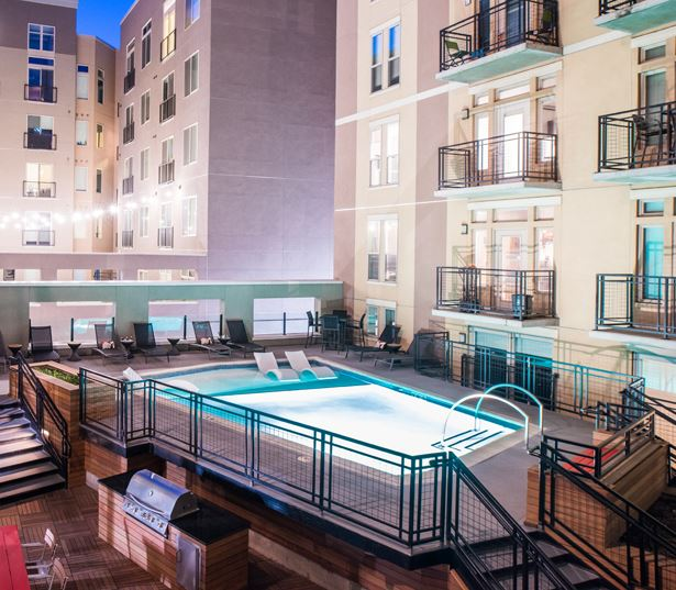 TwentyOne01 on Market Apartments - pool deck bbq - Apartments in RiNo Denver, CO