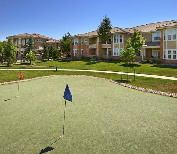 Meridian Business Park apartments - The Meadows At Meridian Putting green golf course area