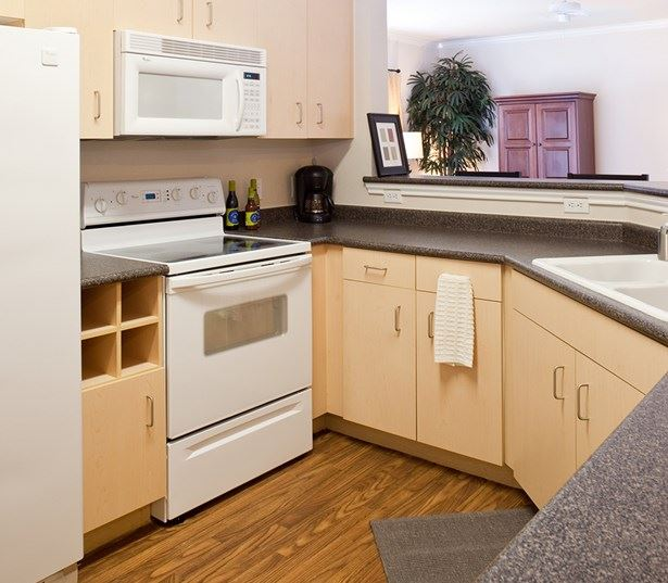 Apartments for rent near Accenture - Ridgeview Contemporary kitchens with hardwood flooring