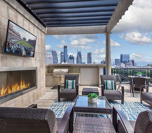 2700 Charlotte rooftop lounge - apartments for rent in west nashville tn